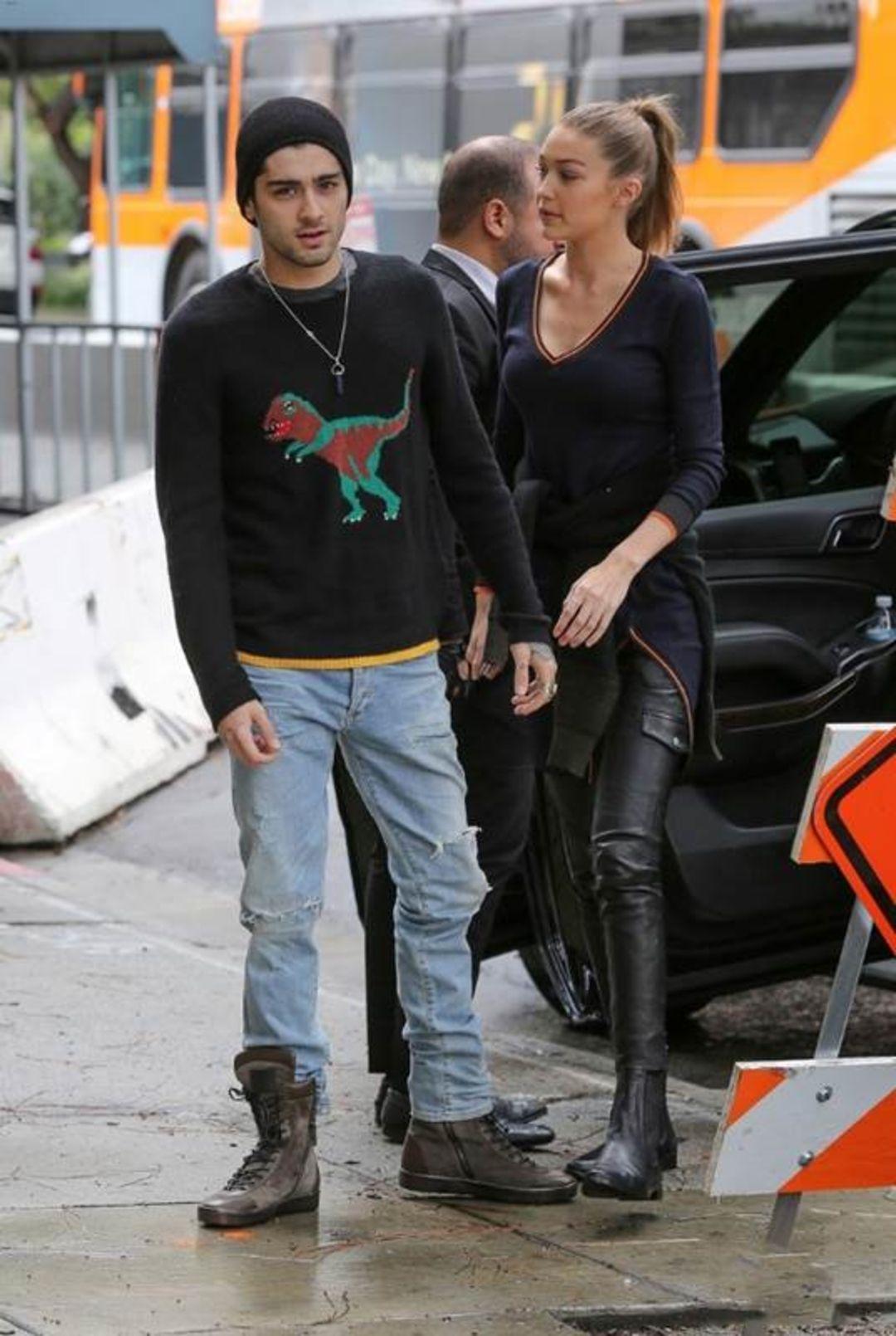 979a9a236e591 Zayn Malik wearing a pair of AGOLDE Skinny in Pixx on February 7th ...