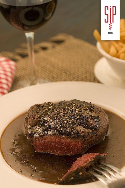 'Our Famous Pepper Steak' Sautéed Organic Australian Beef ...