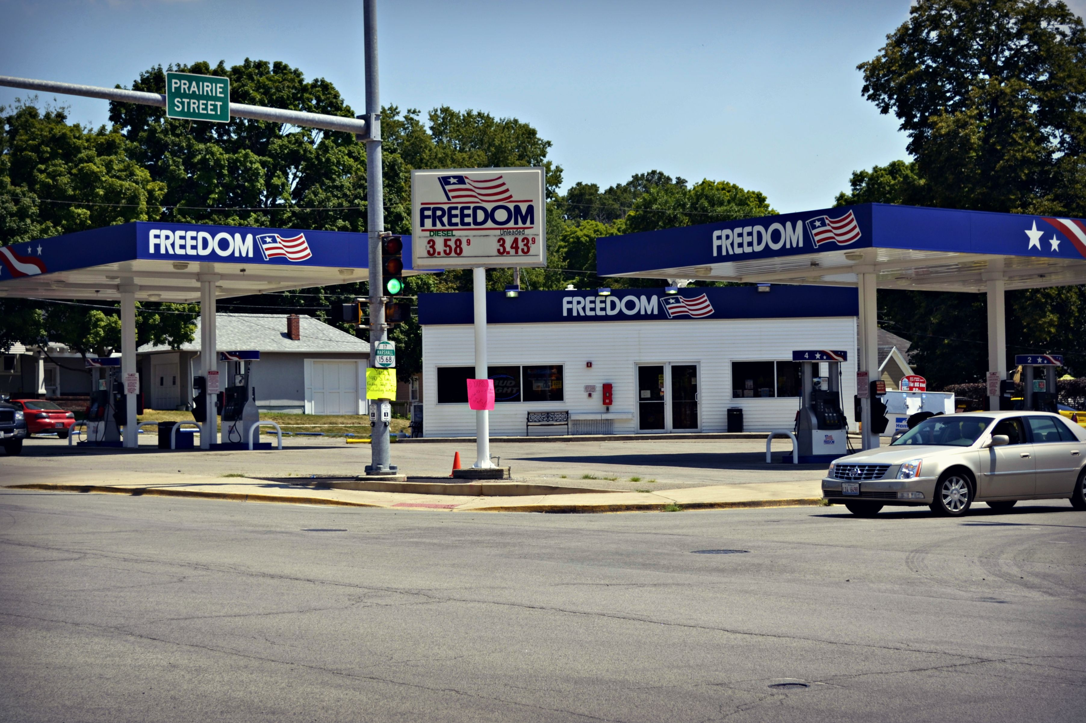 Right On The Corner Freedom Gas Station Has A Trailer Friendly Parking Lot Gas Station Central Illinois Friendly