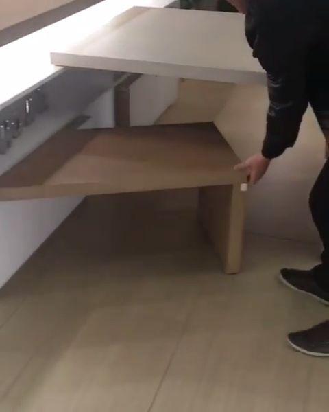 Foldaway table and chair - Design Diy