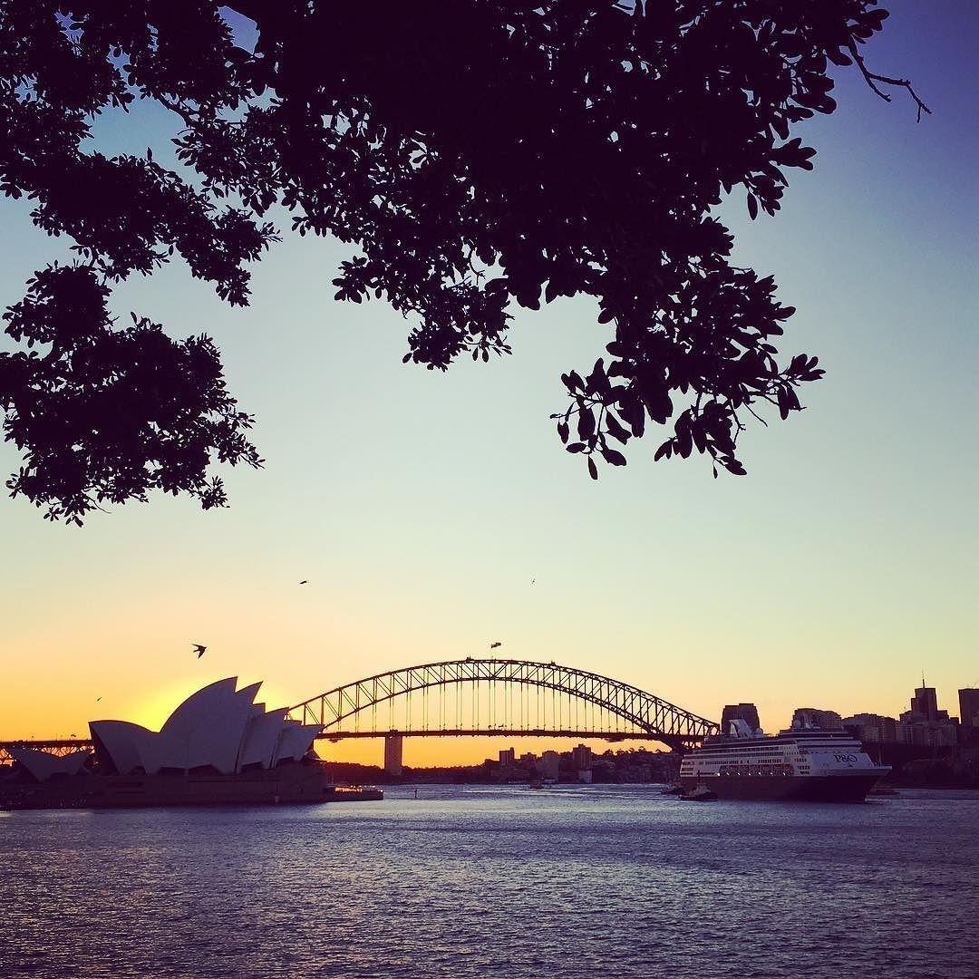 Until tomorrow Sydney...  #sydney #sydneyharbour #sunsetseries #sydneyharbourbridge #operahouse #nattinatt  by jacquiwr http://ift.tt/1NRMbNv