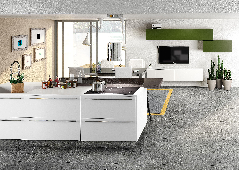 Cucina rovere bianco cucina rovere grigio colore pareti for Ingrosso arredamenti veneto