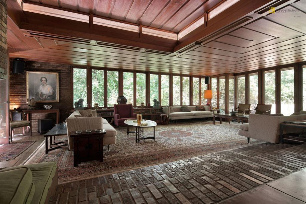 Update Frank Lloyd Wright S Sondern Adler House For Sale By No Reserve Auction In 2020 Frank Lloyd Wright Frank Lloyd Wright Homes Frank Lloyd Wright Design