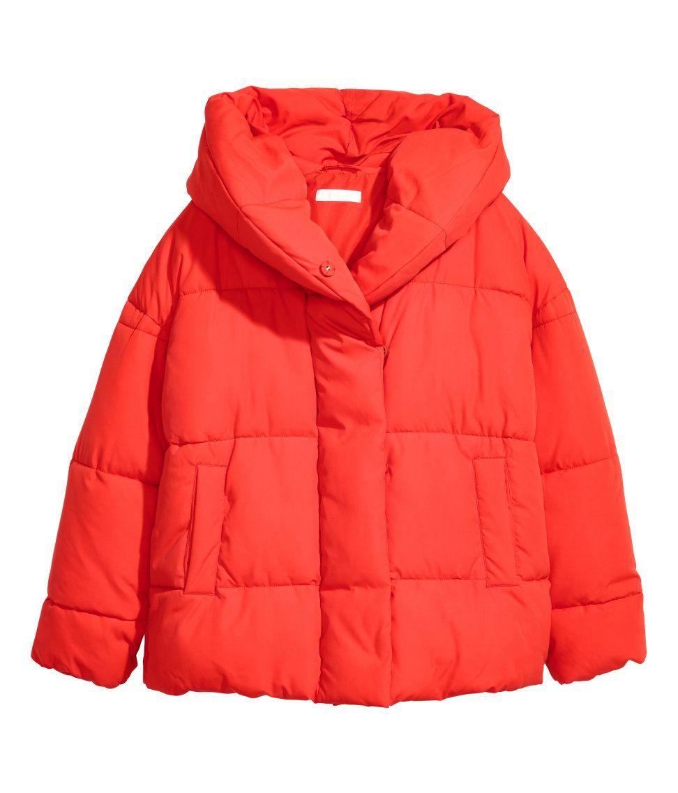 Gigi Hadid Just Wore A 15 H M Jacket Need We Say More Yes Gigi Hadid Just Made This 15 H M Jacket Look Su Padded Jacket Hooded Jacket Red Hooded Jacket [ 1137 x 972 Pixel ]