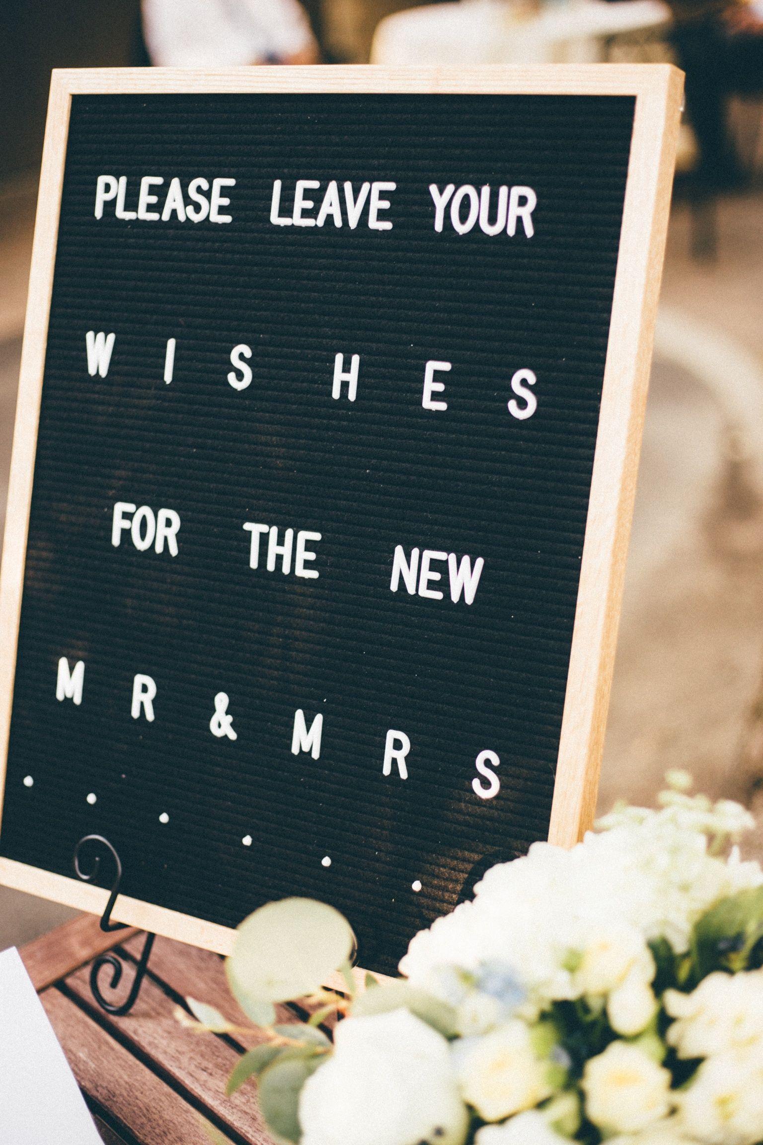 letterfolk letter board summer wedding