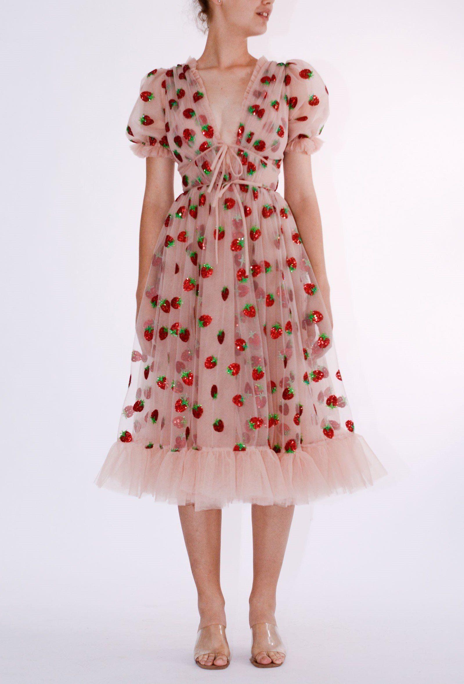 Strawberry Midi Dress Groovy Fashion Pretty Dresses Midi Dress [ 2356 x 1599 Pixel ]