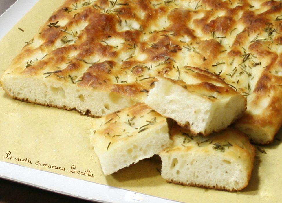 Focaccia Genovese Ricetta Originale Bimby.Focaccia Morbida Con Impasto Di Patate Ricetta Pizza Anche Bimby Ricette Ricette Di Cucina Idee Alimentari