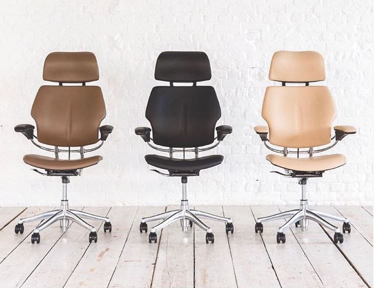 Freedom Chair With Headrest With Images Black Office Chair Chair Office Chair