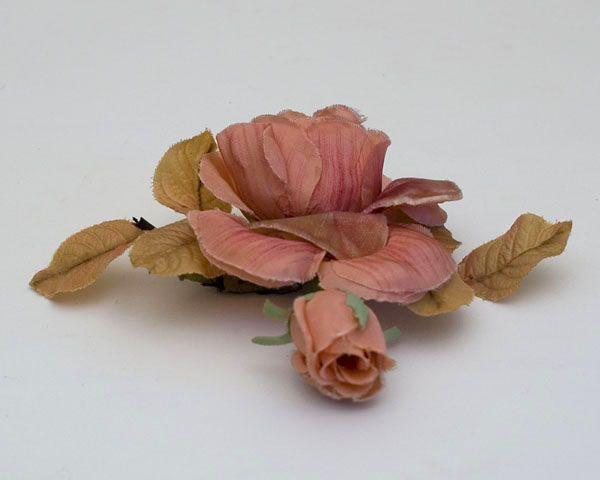 flores de seda y terciopelo