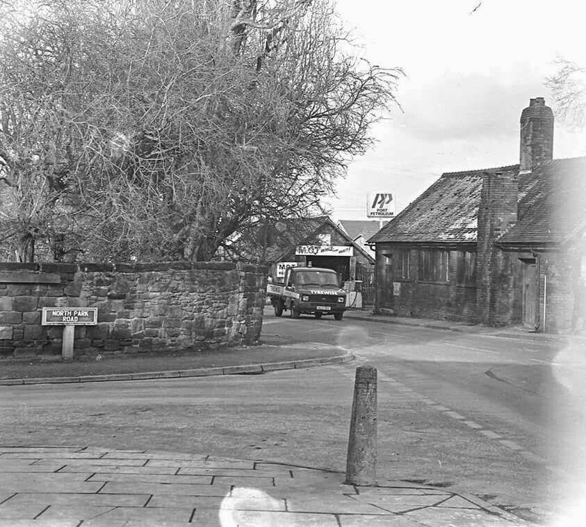 Old Garage Kirkby Merseyside In 2019 Old Garage