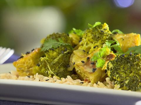 Grilled tempeh broccoli curry video food network broccoli curry grilled tempeh broccoli curry video food network forumfinder Images