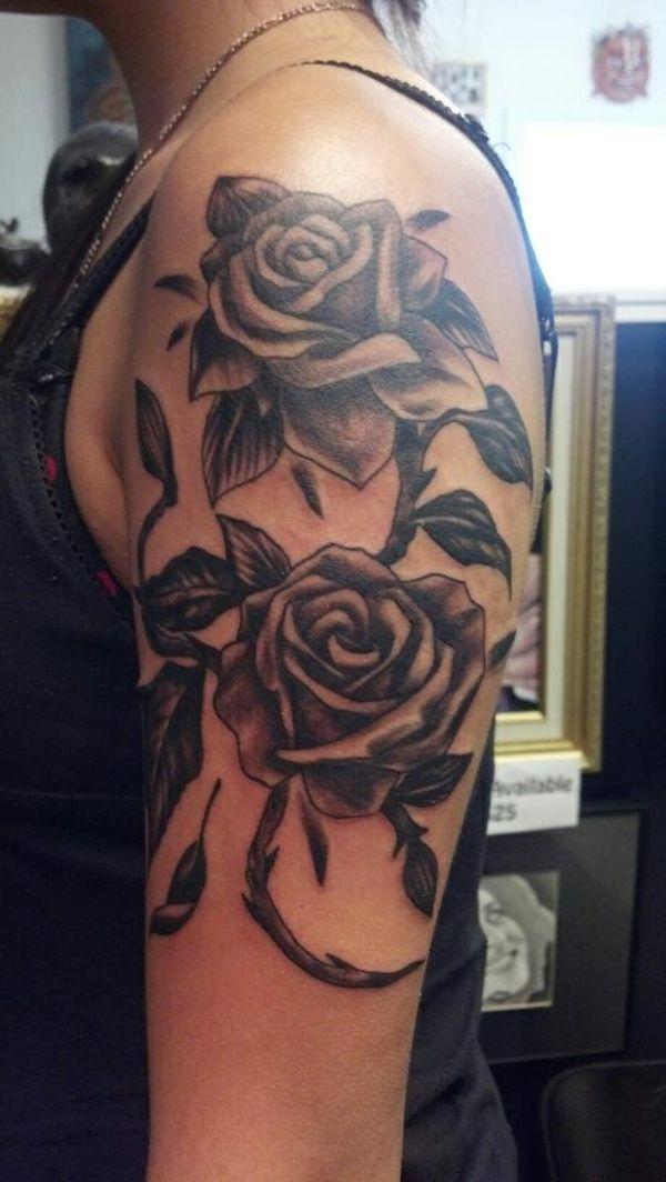blumen tattoos bilder oberarm tattoo f r frauen tattoo. Black Bedroom Furniture Sets. Home Design Ideas