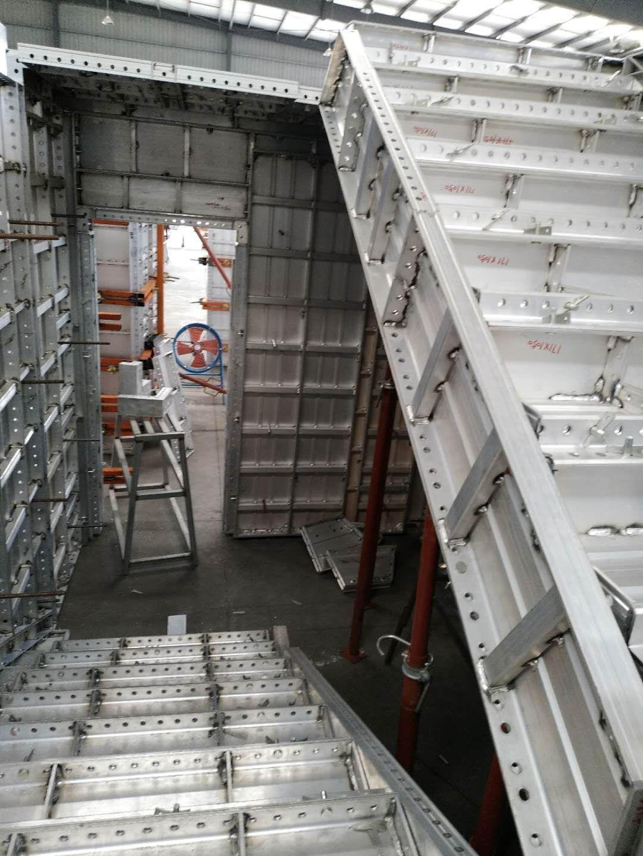 aluminum formwork use for Staircase | Aluminum formwork in 2019 | Design