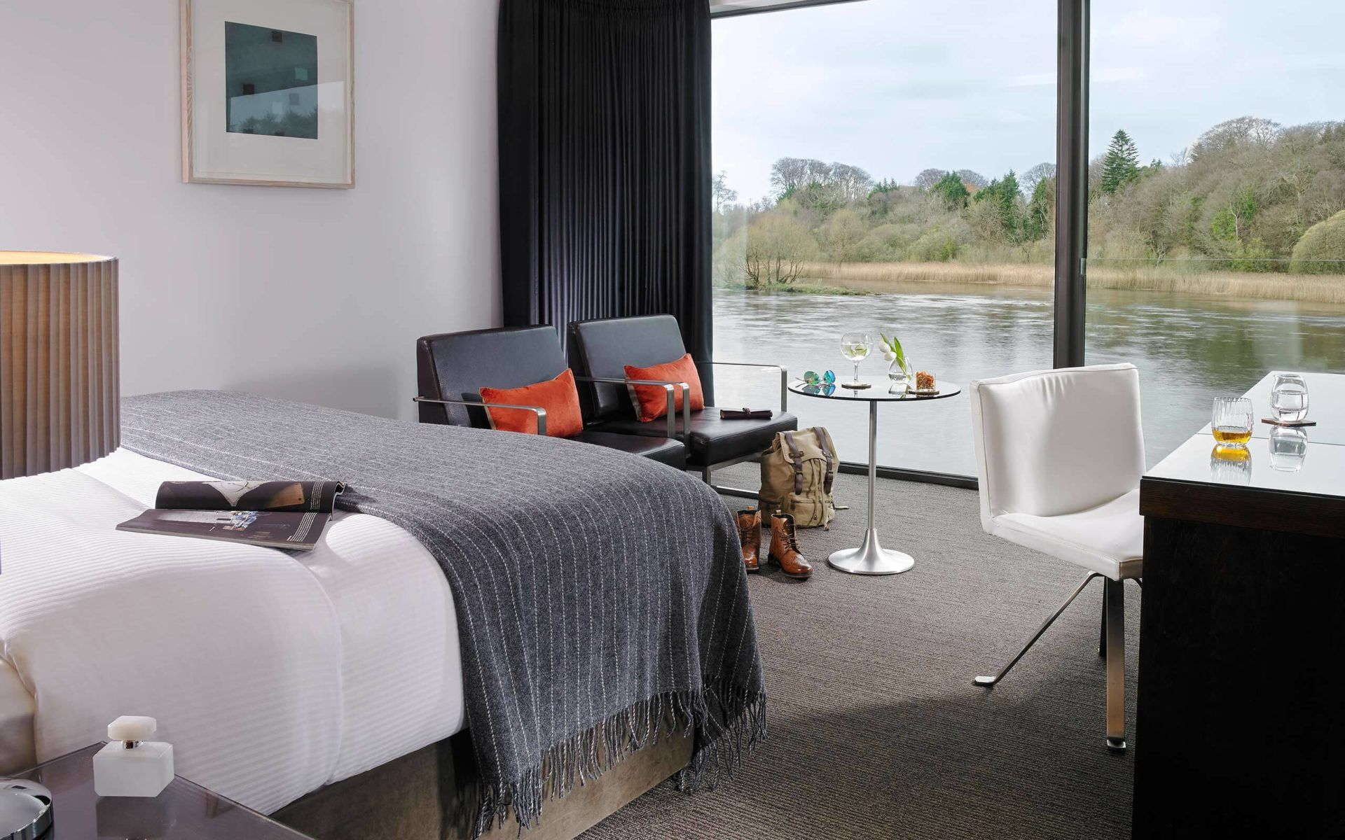 Deluxe Rooms Luxury Ac modation in Mayo
