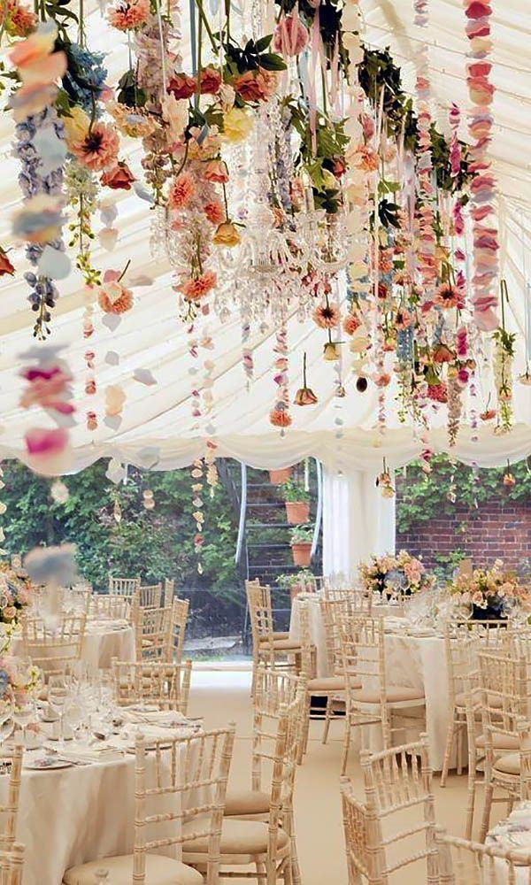 Simply Chic Wedding Flower Decor Idea