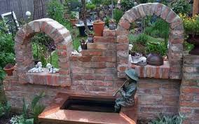 Bildergebnis für gartenmauer mediterran verputzt   Garten_Ruine ...