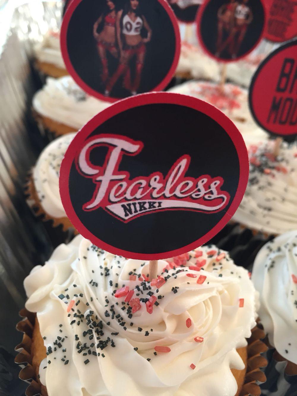 Wwe Diy Bella Twins Cupcake Picks Wwe Cupcakes Bella