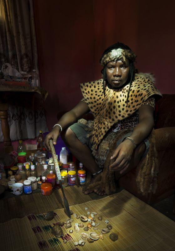 Sangoma | Diviners in 2019 | Africa people, Zulu, Healer