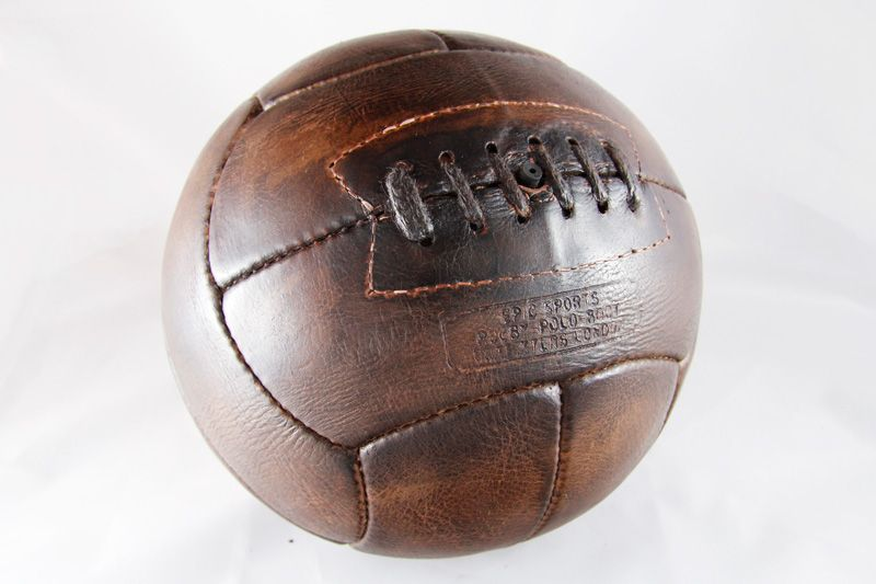 ancien ballon de foot