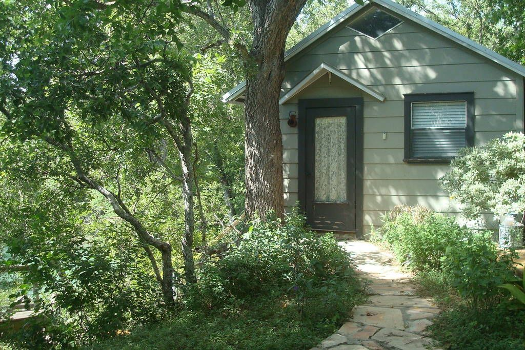 Gracegardens Rustic Oak Cabin Cabins For Rent In Martindale Vacation Home Meditation Space Cabin