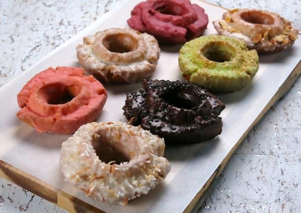 New Chicago donuts (Cooking Channel)