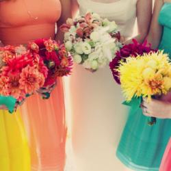 Inspiring ideas to help you decide on a colour palette. Photo via Wedding Window.