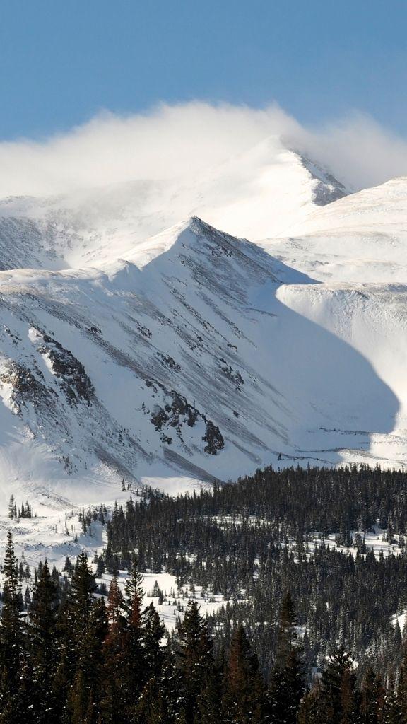 Breckenridge's mountains boast 3,398 vertical feet. #Colorado