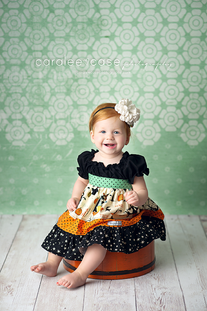 NEW FALL DROPS are posted!!  this is the new Seafoam Lace drop, paired with our FROTH floor and orange tub. the dress is by mellon monkeys 10% off  code: drops4fall http://www.intuitionbackgrounds.com/category/fall-holiday