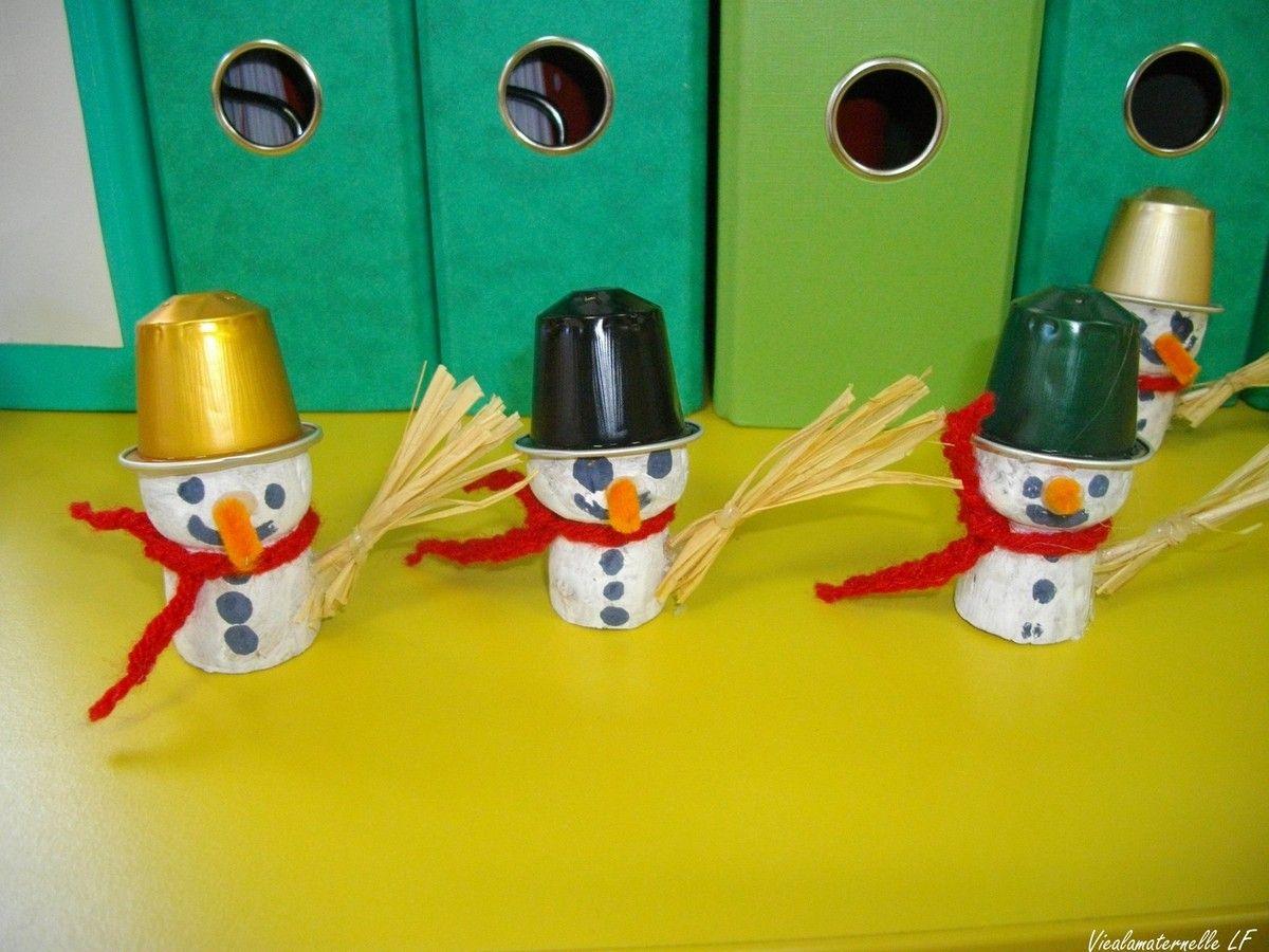 bonhommes de neige brico enfant test pinterest bouchon de champagne coton tige et. Black Bedroom Furniture Sets. Home Design Ideas