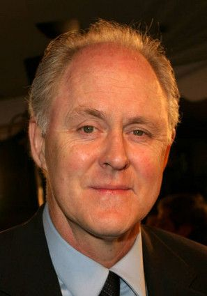 The 71-year old son of father Arthur Washington Lithgow III and mother Sarah Jane Price, 193 cm tall John Lithgow in 2017 photo