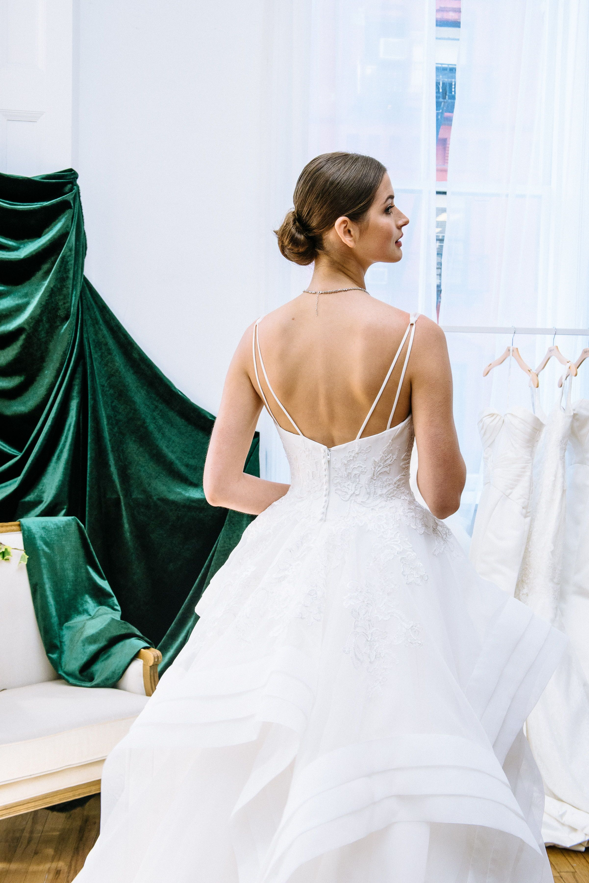Inspired By The Runway Looks Of Zac Posen S Namesake Collection This Breathtaking Ball Gown Is The Mar Ball Gown Wedding Dress Bridal Elegance Wedding Dresses [ 3600 x 2403 Pixel ]