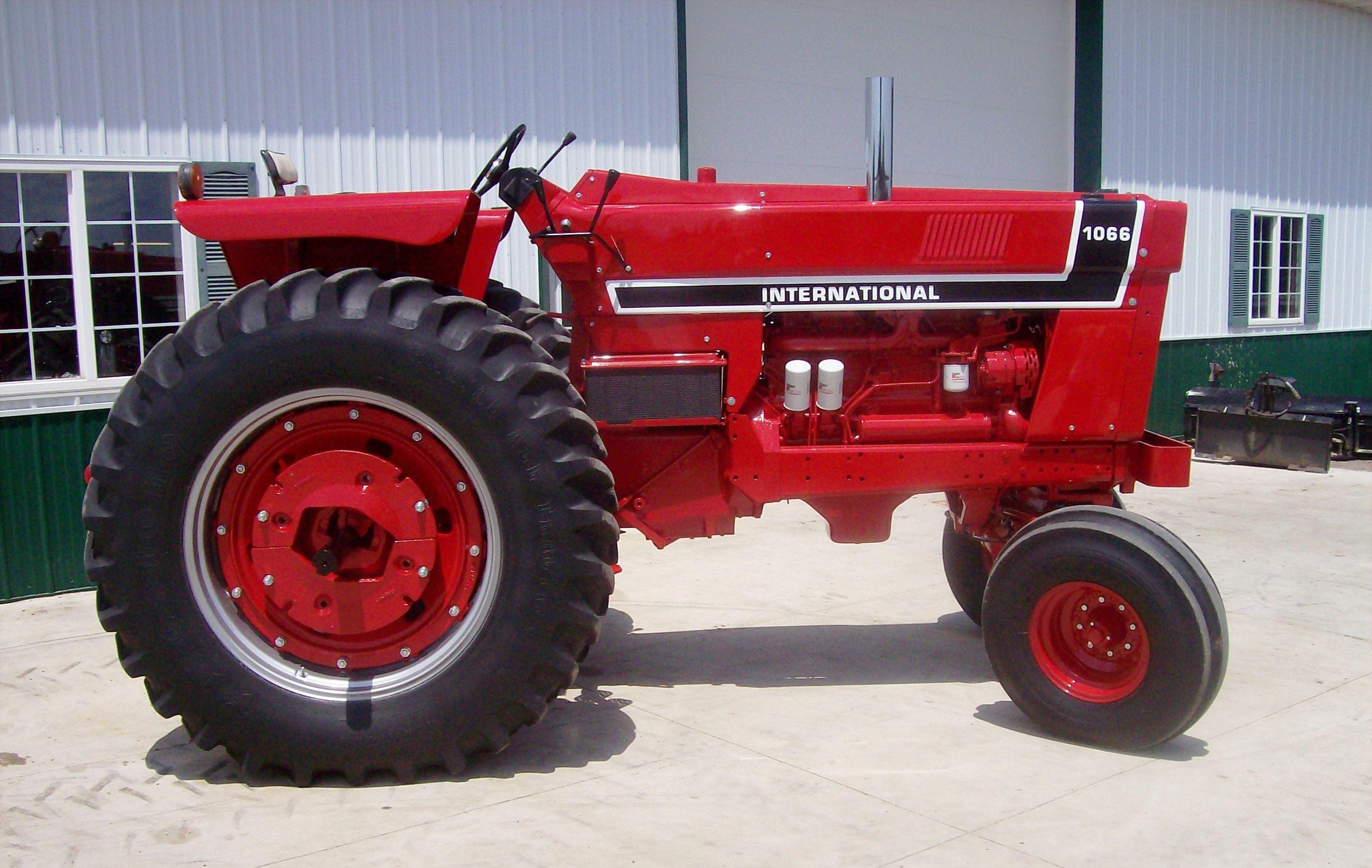 1976 Ih 1066 Black Stripe Tractors Farmall Tractors