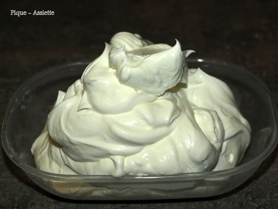 Chantilly au mascarpone maison recette pinterest mascarpone chantilly et recette - Chantilly maison sans syphon ...