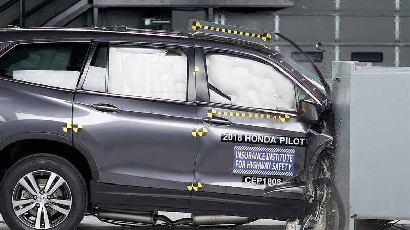 Honda Pilot Updated For 2019 Earns Top Iihs Safety Rating