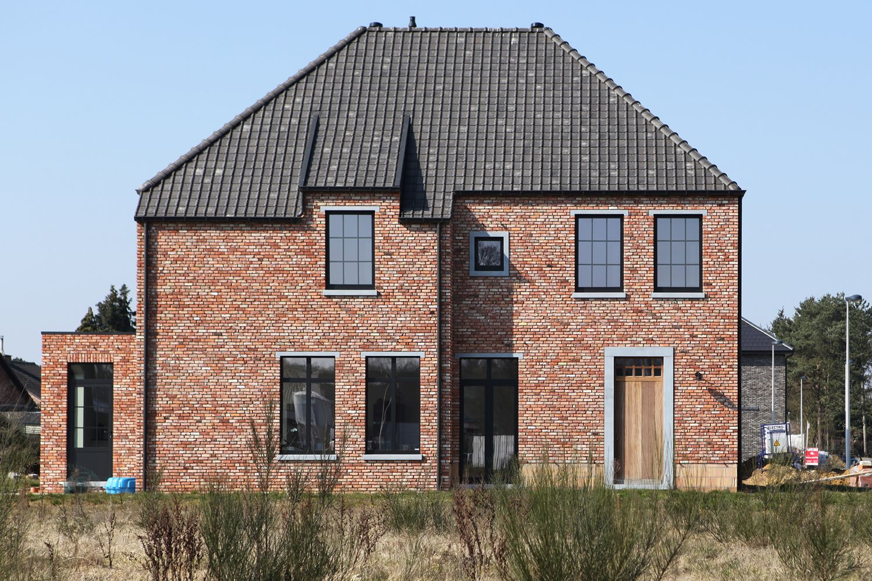 Pastorij zwarte ramen google zoeken mooie huizen for Architect landelijk