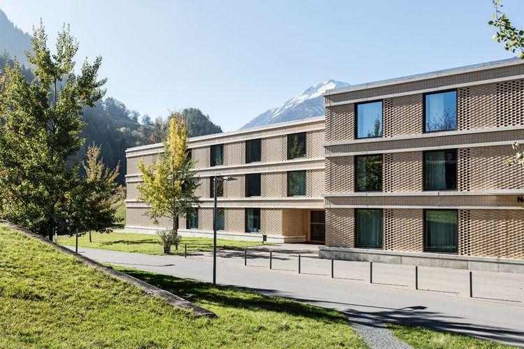 Pin von Werner Schmitz auf Architektur Huggenbergerfries