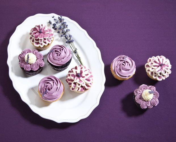 lila launemacher lavendel als sommer highlight dessert lila dekorieren und geburtstagsfeier. Black Bedroom Furniture Sets. Home Design Ideas