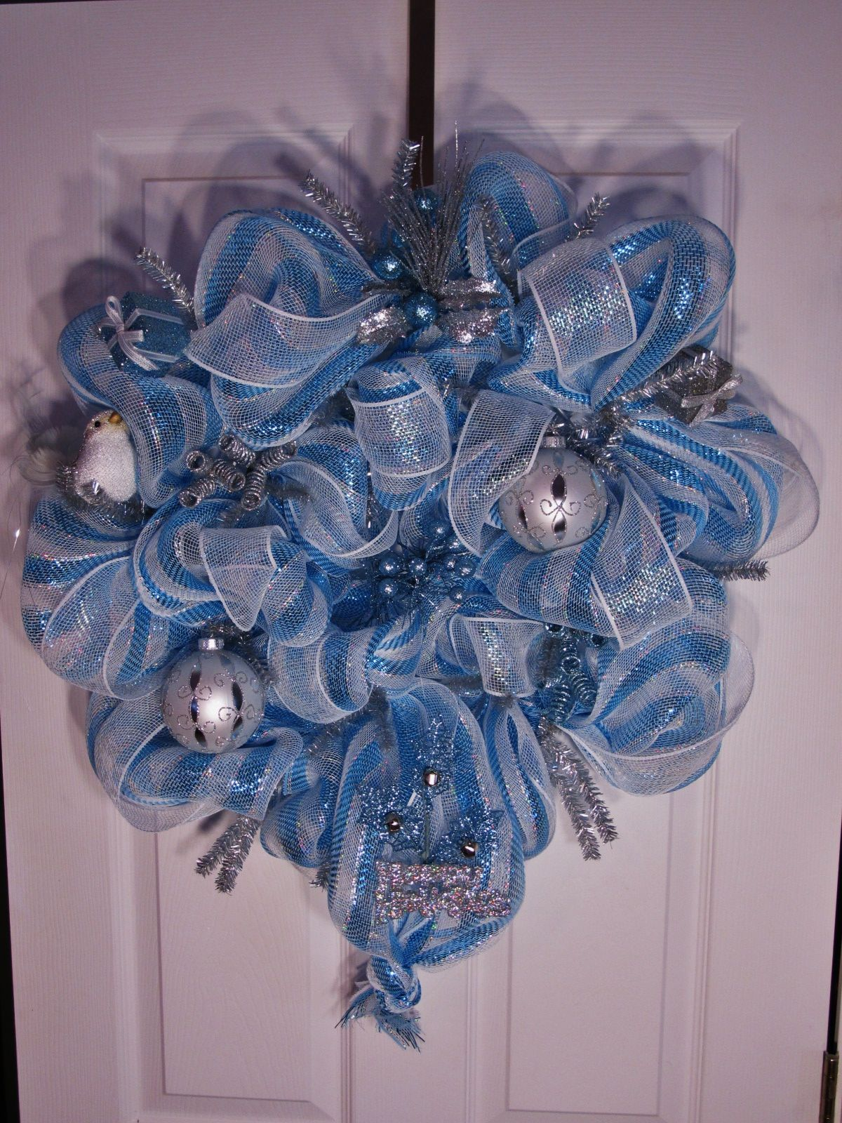 Blue green christmas tree decorations - Blue And Silver Wreath