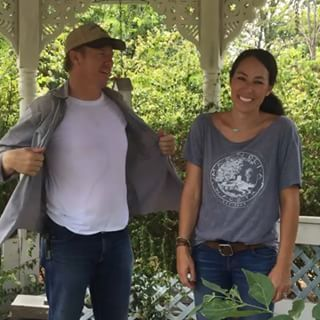 Just stumbled across this cool page for Joanna Gaines
