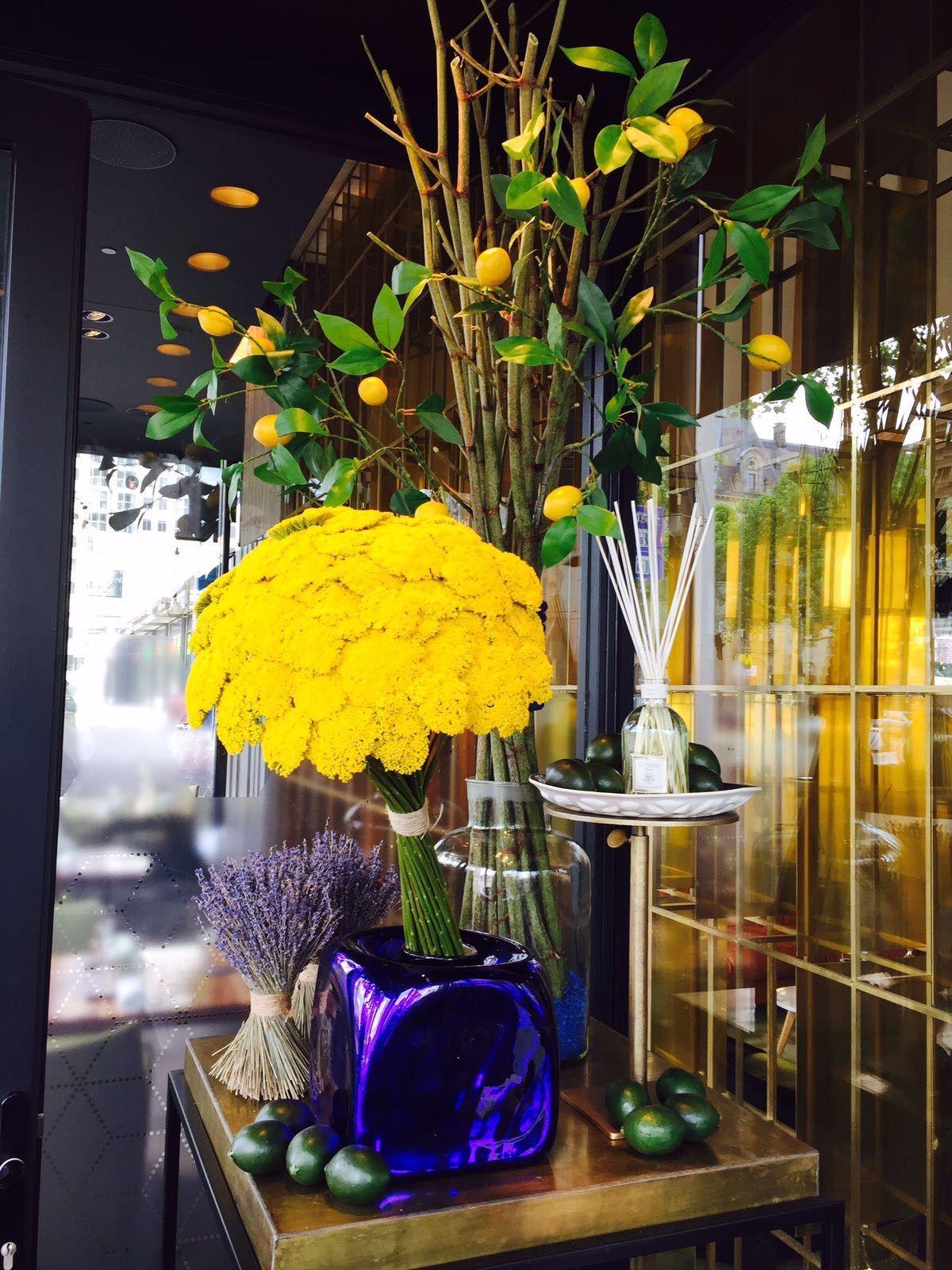 Restaurant Joelia Project Styling Projectstyling Interior Interieur Flowers Bloemen Artificial Zomersbloemen Bloemen Planten