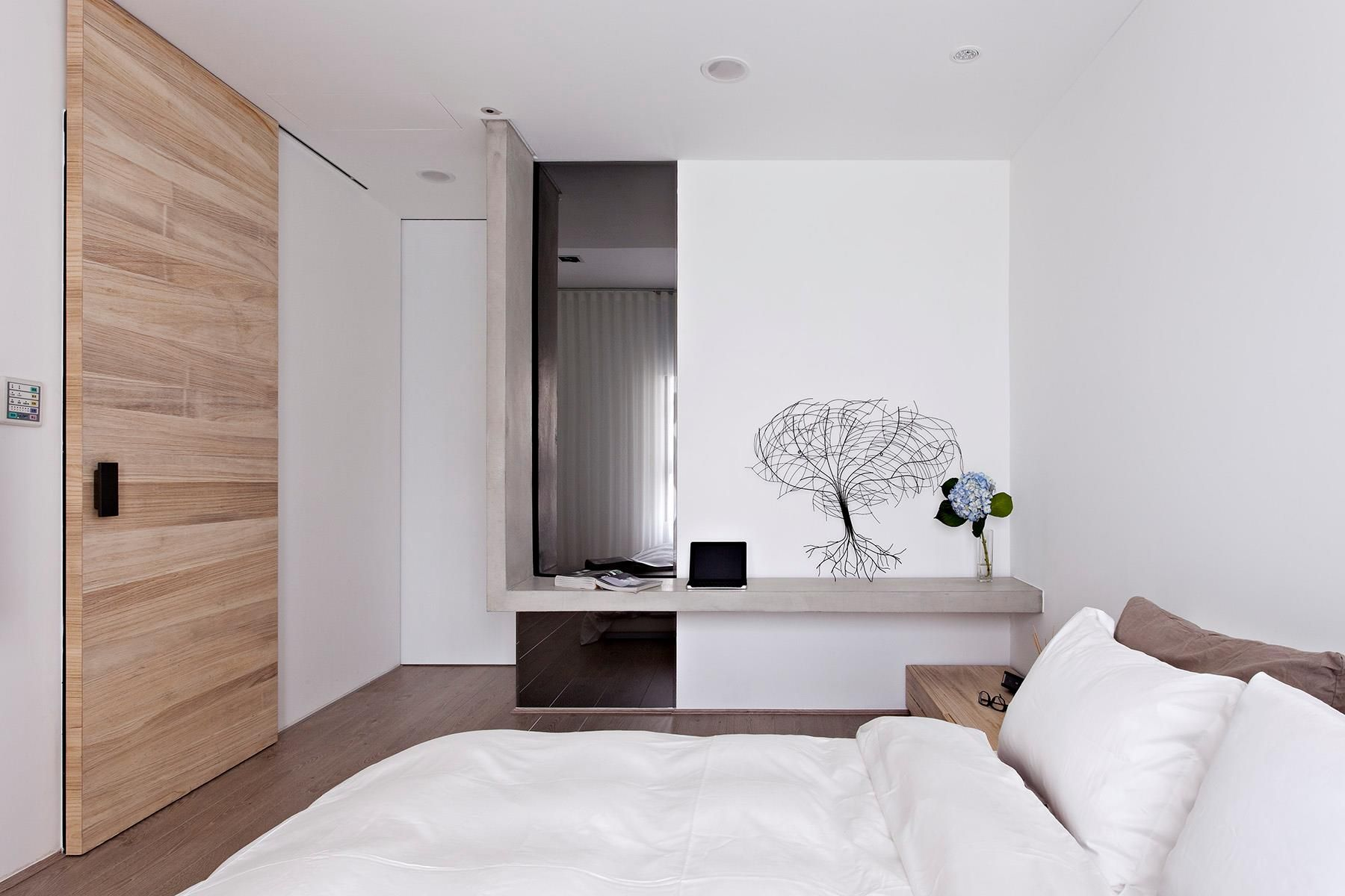 Deco Bedroom Minimalist Interior contemporary apartment in taiwanfertility design (17) | home