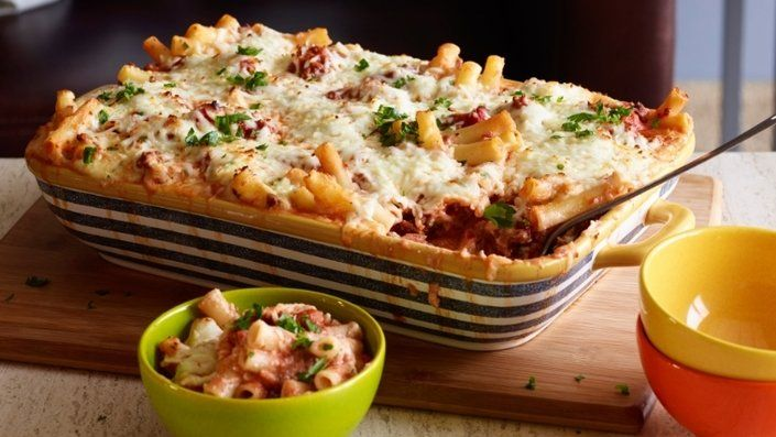 Read 21 Gooey Pasta Bakes That Are Cheesier Than Your Dad's Jokes today. Be inspired and dig in to the recipes, guides and tips tricks and hacks on Food Network. #pioneerwomannachocheesecasserole