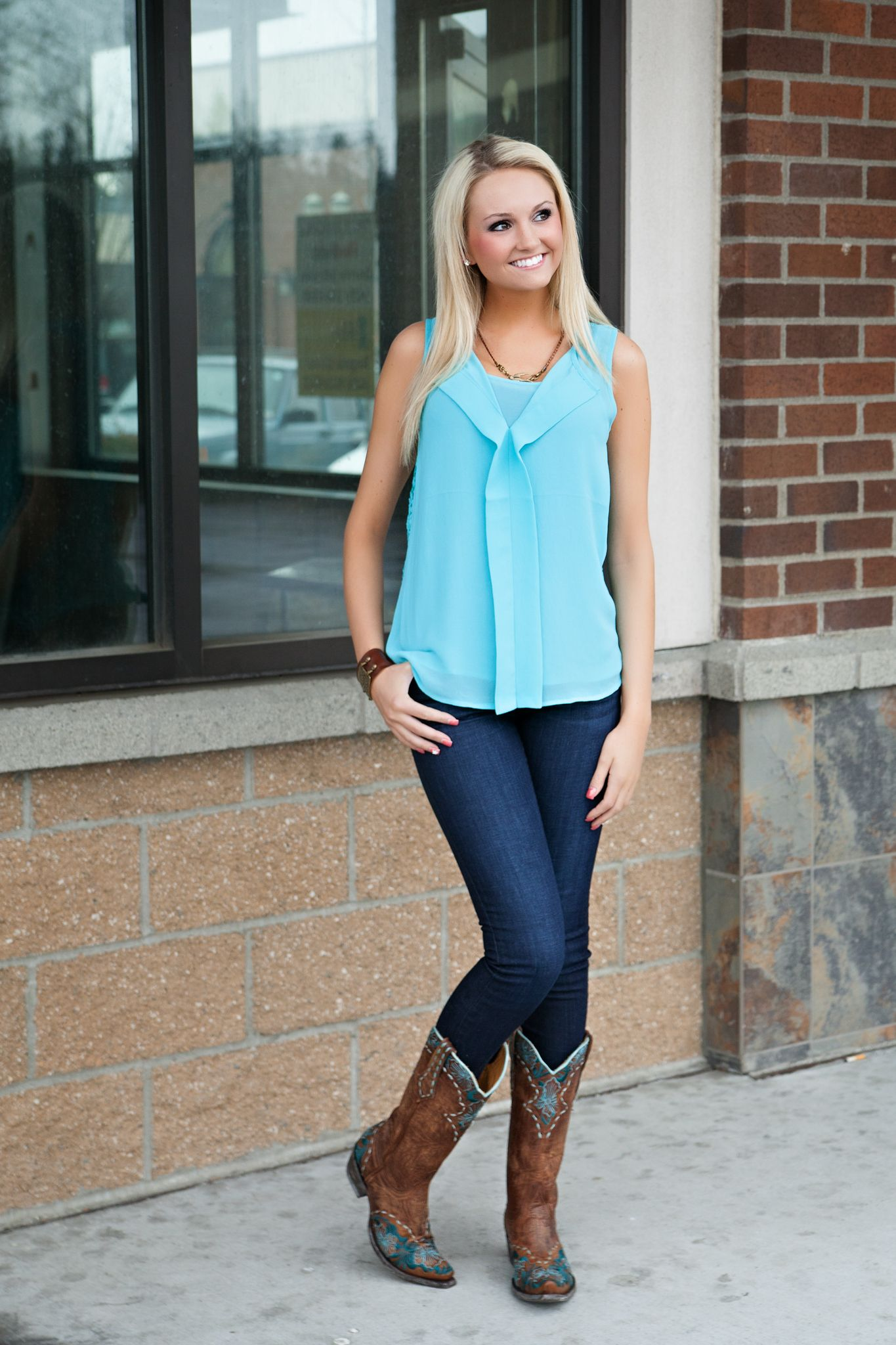 Cowgirl Style Boots - Boot Hto