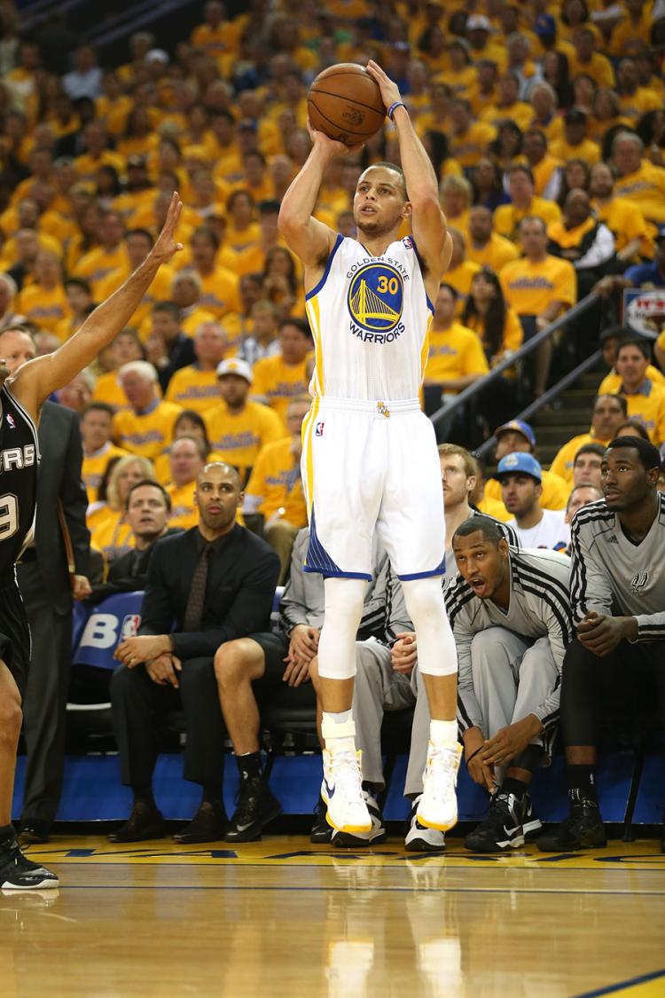 Game 3 Warriors Vs Spurs 5 10 13 Golden State Warriors Stephen Curry Shooting Stephen Curry Stephen Curry Basketball