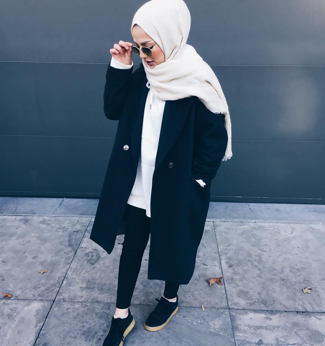 Muslim hipsters fashion, all black mipster style, hijab dupatta south asian  modern hippie