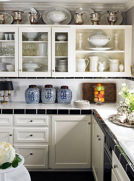 Trend Spotted: Ginger Jars | Decorating above kitchen ...