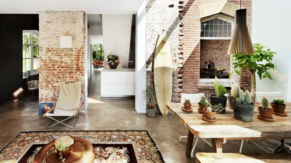 Superieur 21 Homes That Prove Surf Is Chic // Surfboards As Decor // Exposed Brick