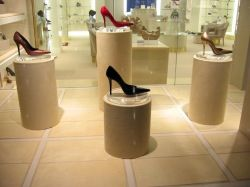 1000  images about Retail Design on Pinterest | Fashion store