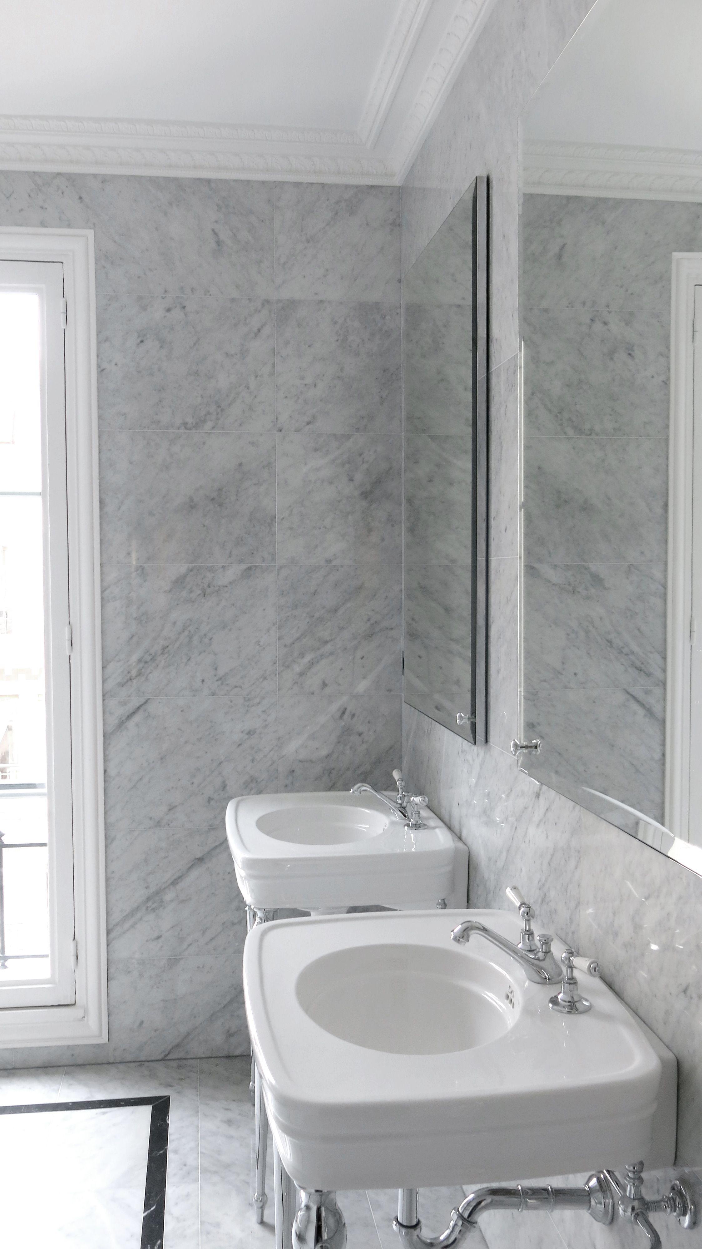 Salle de bains - marbre blanc de Carrare - Devon&Devon Rose ...