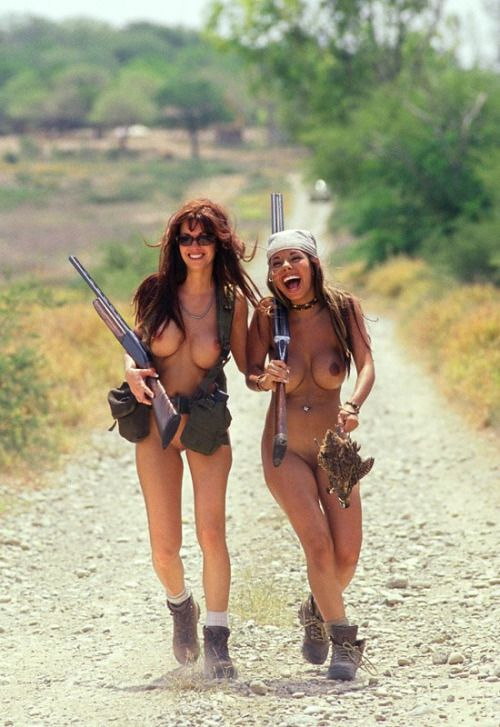 naked women hunters